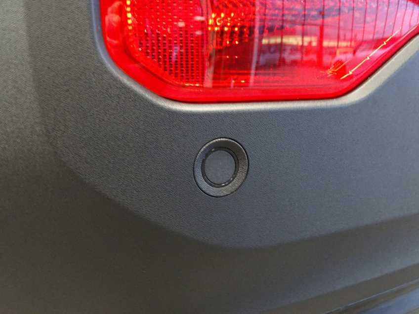 """Volvo XC40 Recharge P8 AWD R-Design EX BTW 20""""LM Panorama Leder 8% Bijtelling meerdere op voorraad! afbeelding 19"""