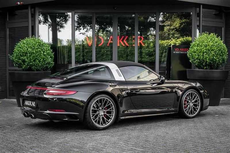 Porsche 911 TARGA 4 SPORT CHRONO+CAMERA+AKRAPOVIC afbeelding 6