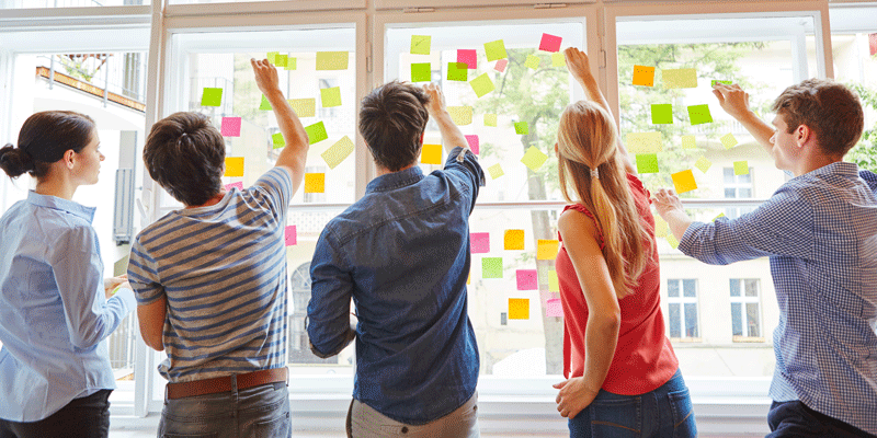 What Is Ideation In Design Thinking? A Guide To The Most Important Ideation Techniques