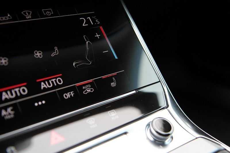 Audi A6 Avant 55 TFSIe Competition PANO.DAK+S-STOELEN+HEAD-UP afbeelding 17