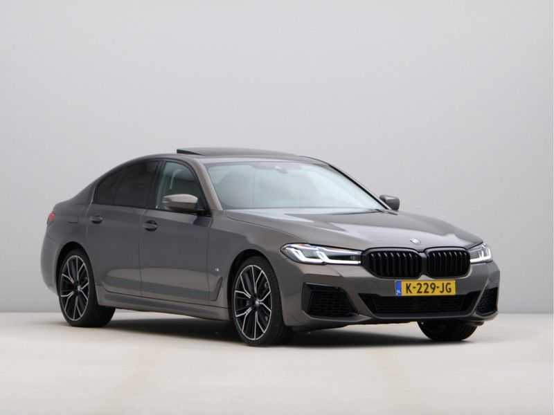 BMW 5 Serie 540i High Exe M-Sport afbeelding 2
