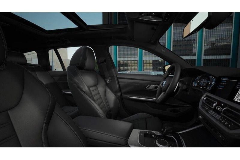 BMW 3 Serie Touring 330e High Exe Aut. M-Sport afbeelding 3
