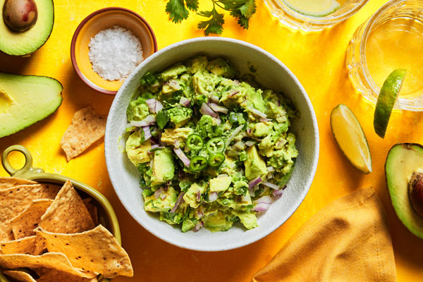 Simple Classic Guacamole