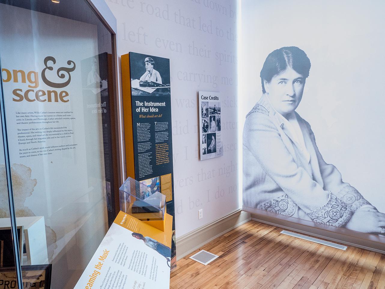 Willa Cather Exhibit display