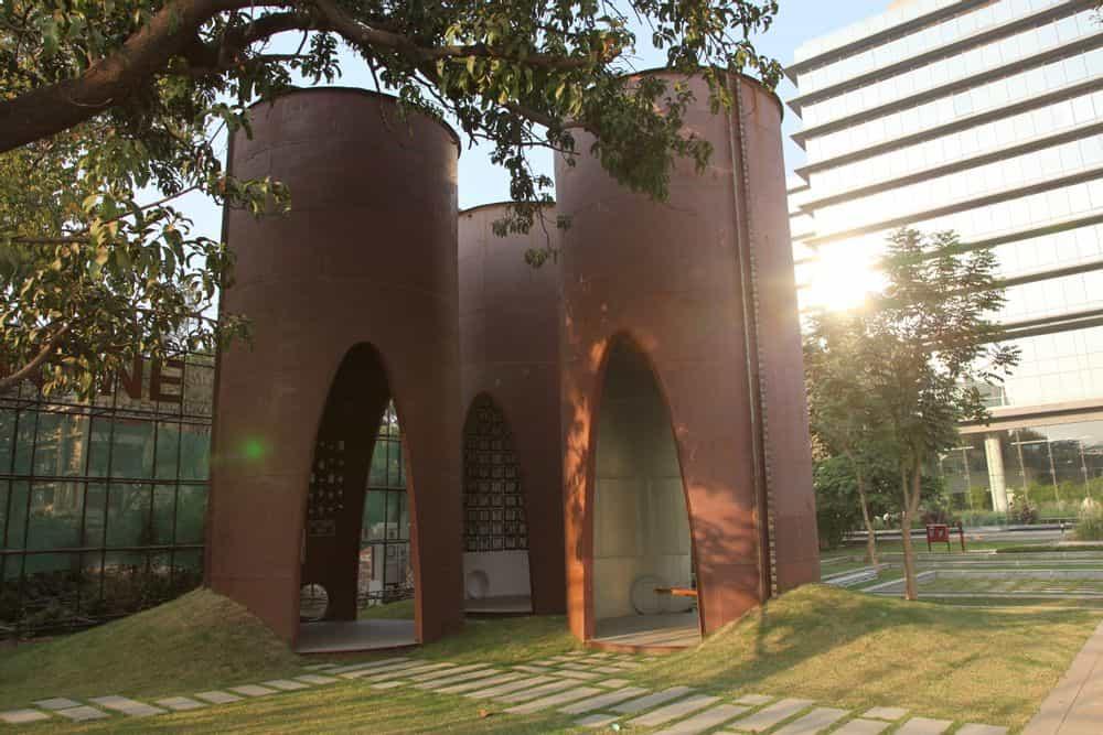Installation view: silo 01 PAST, TRINITY: Godrej Legacy Park silos, 2015