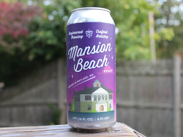 Mansion Beach, a Stout brewed by Cochituate Brewing