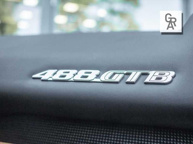Ferrari 488 3.9 GTB HELE afbeelding 17