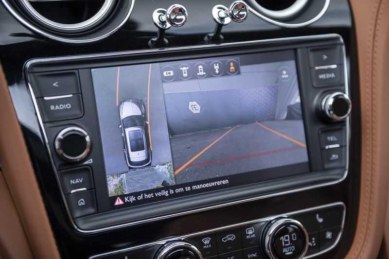 Bentley Bentayga 4.0 D (BTW AUTO) Elektrische trekhaak + Apple Carplay + Adaptive Cruise + Nachtzicht + Werkelijk in nieuwstaat afbeelding 15