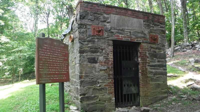 Gathland tomb