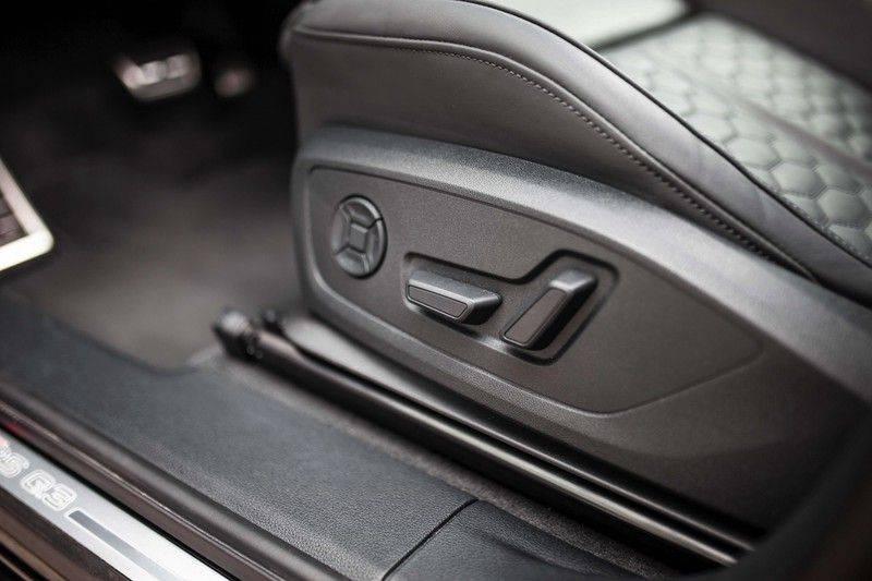 Audi RS Q3 2.5 TFSI Quattro *B&O / Pano / ACC / RS Sportstoelen / Sportuitlaat / Trekhaak* afbeelding 25
