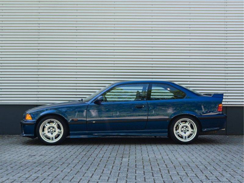 BMW 3 Serie Coupe M3 3.0 - 1st Owner - 1st Paint - ''Like New'' afbeelding 6