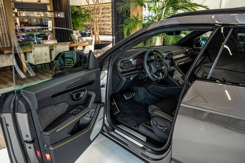 Lamborghini Urus 4.0 V8   Carbon interieur   Carbon exterieur   B&O 3D   Head-Up Display   Panorama   Massage   Ventilatie afbeelding 10