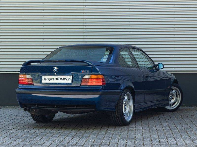 BMW 3 Serie Coupe M3 3.0 - 1st Owner - 1st Paint - ''Like New'' afbeelding 2
