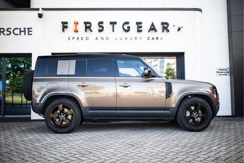Land Rover Defender 110 3.0 P400 First Edition *Pano / Trekhaak / Meridian / DAB / Memory / 360 Camera* afbeelding 23