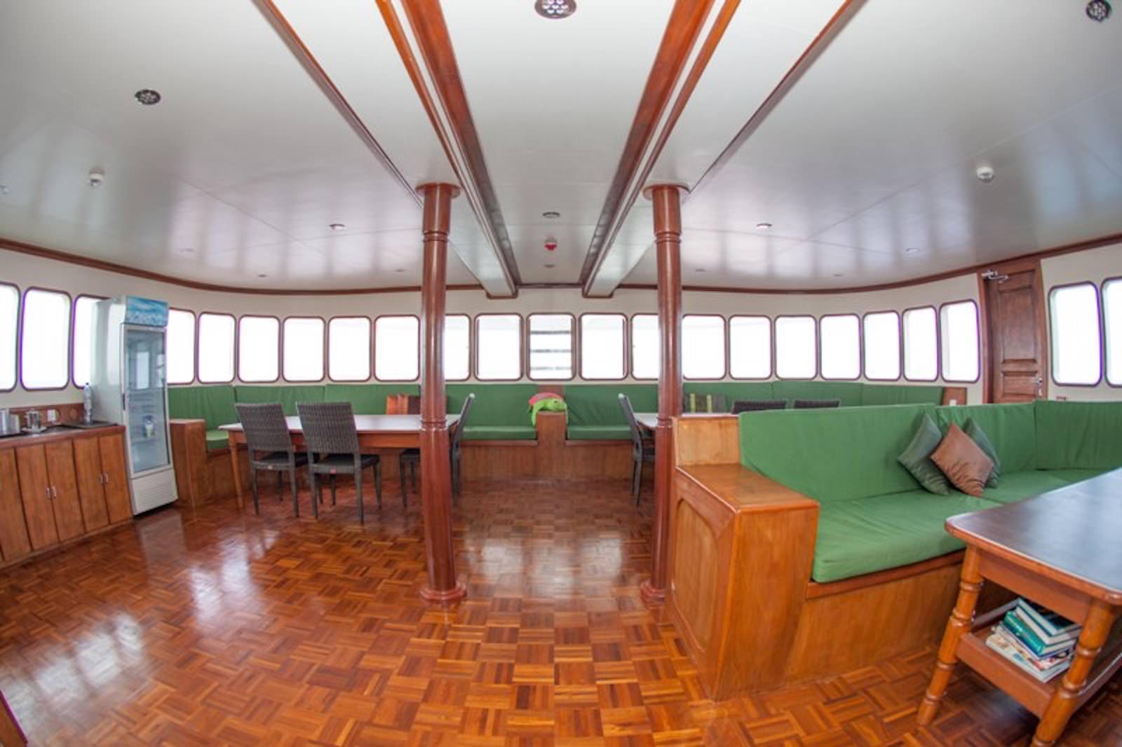 Carpe Vita Explorer Maldives Surf Charter Lounge