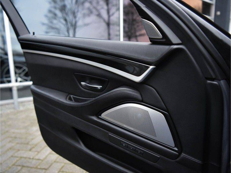 BMW 5 Serie M5 560pk DKG Pano B&O HUD Leder-dash Soft-Close Alcant.Hemel afbeelding 14