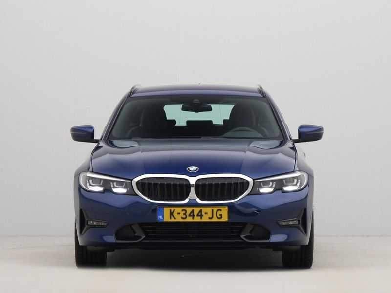 BMW 3 Serie Touring 318i High Executive Sport Line Automaat afbeelding 10