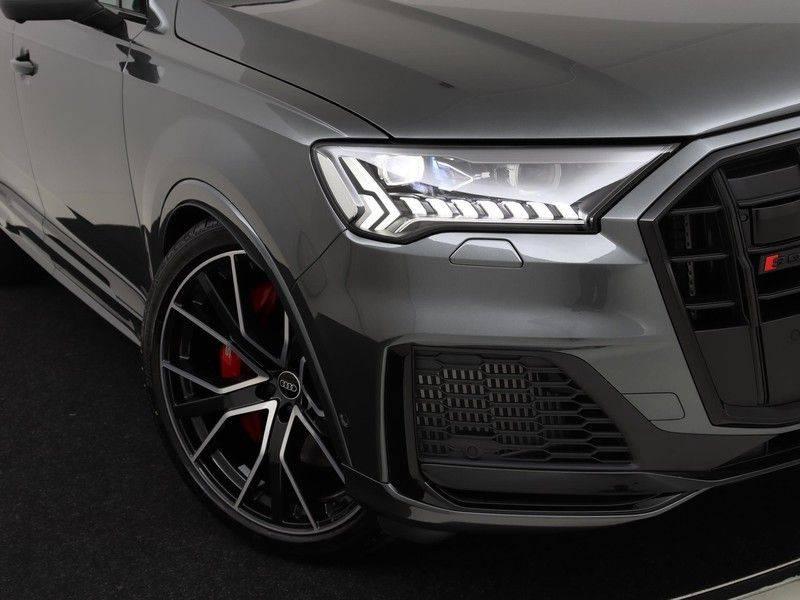 Audi Q7 4.0 TFSI SQ7 quattro 7p 507PK | S-Line | Pano.Dak | 360 Camera | B&O Sound | Keyless-Entry | S-Sportstoelen | Assistentie Tour-City-Parking | 7 Persoons afbeelding 14