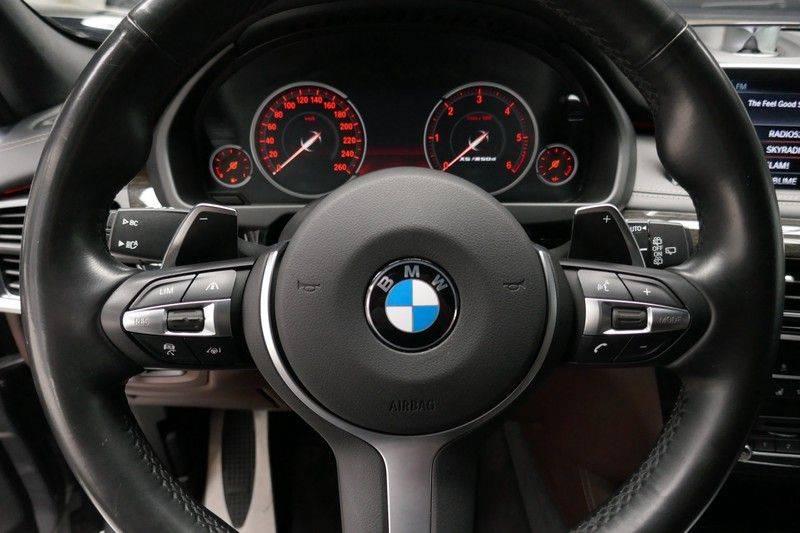 BMW X5 M50d B&O - Panoramadak afbeelding 21