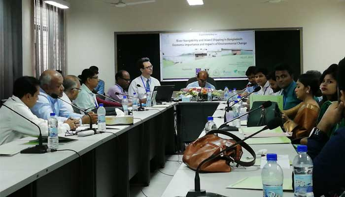 Discussion at workshop on River Navigation and Inland Shipping in Bangladesh