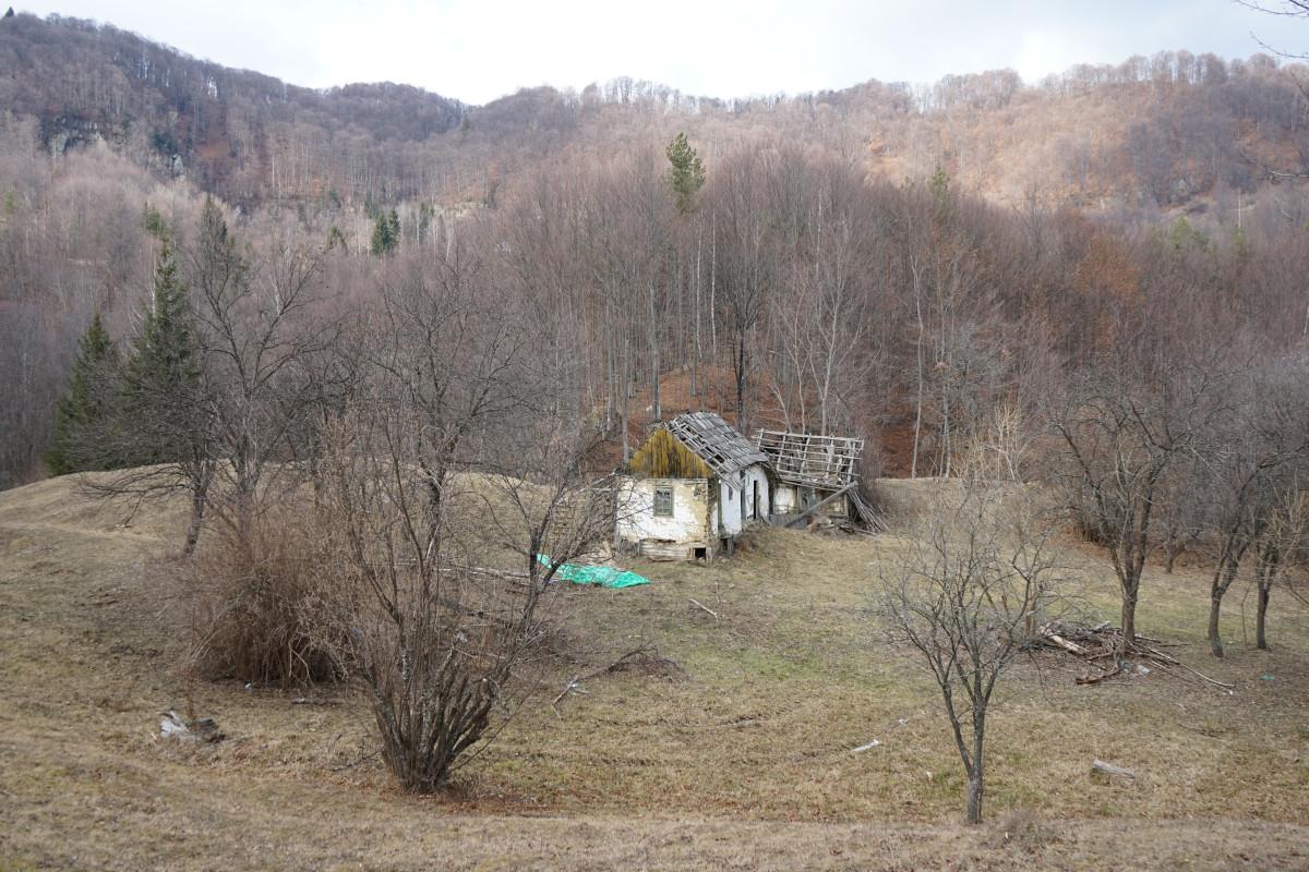 Ploștina, comuna Lopătari, județul Buzău