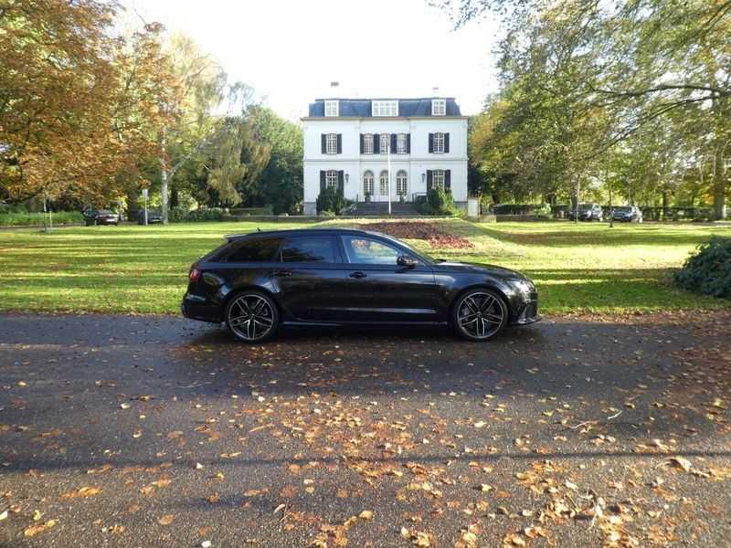 Audi RS6 Avant 4.0 TFSI Performance, Akrapovic afbeelding 24