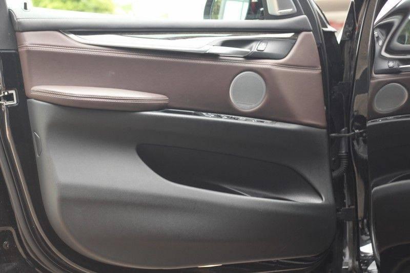 BMW X5 xDrive50i High Executive Pan.dak, Surr. view afbeelding 21