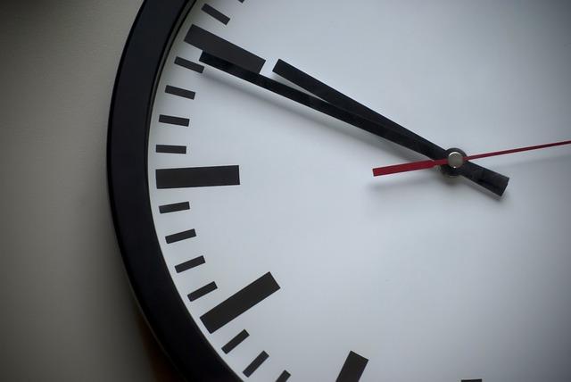 clock-939978_640