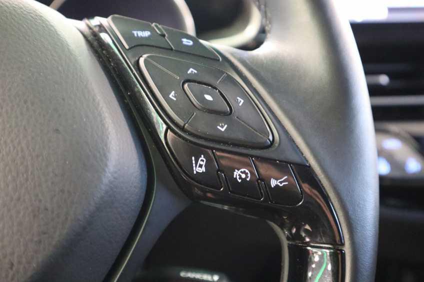 """Toyota C-HR 1.8 Hybrid Navigatie Camera 17""""LM afbeelding 4"""