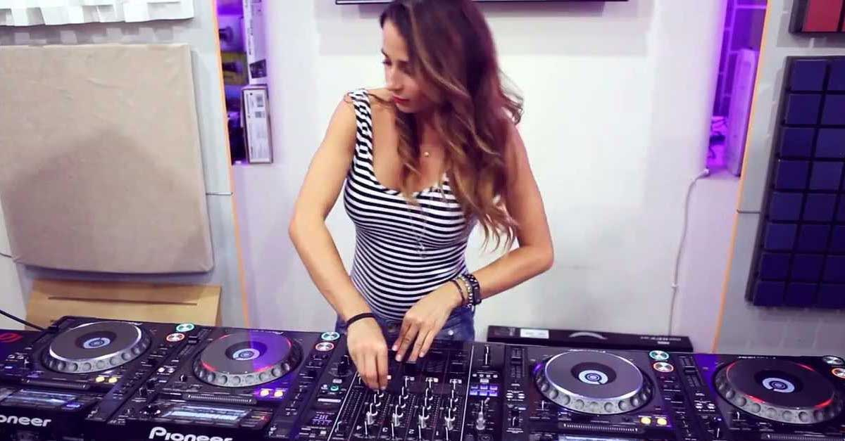 Gallery: DJ Juicy M Yang Paling Hot