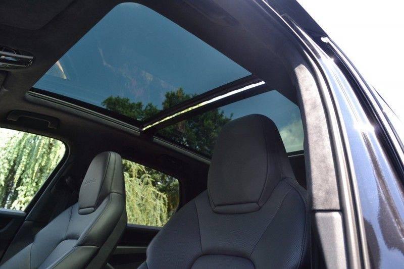 Porsche Cayenne Turbo afbeelding 7