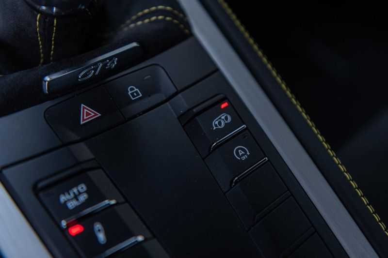 Porsche 718 Cayman GT4 4.0, 420 PK, RacingGelb, Sport/Chrono, Camera, 18/Way, 2900 KM, 2020, BTW!! afbeelding 13