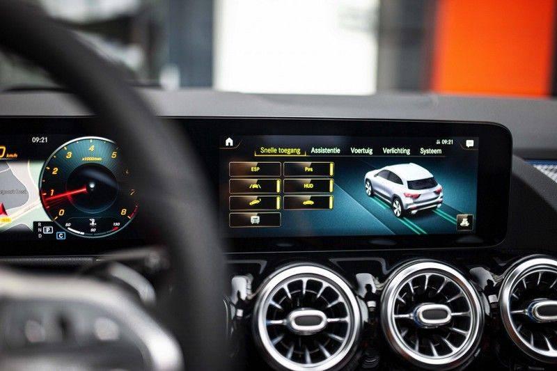 Mercedes-Benz GLA 200 AMG Line *Pano / HUD / Memorystoelen / 360 Cam / Burmester* afbeelding 17