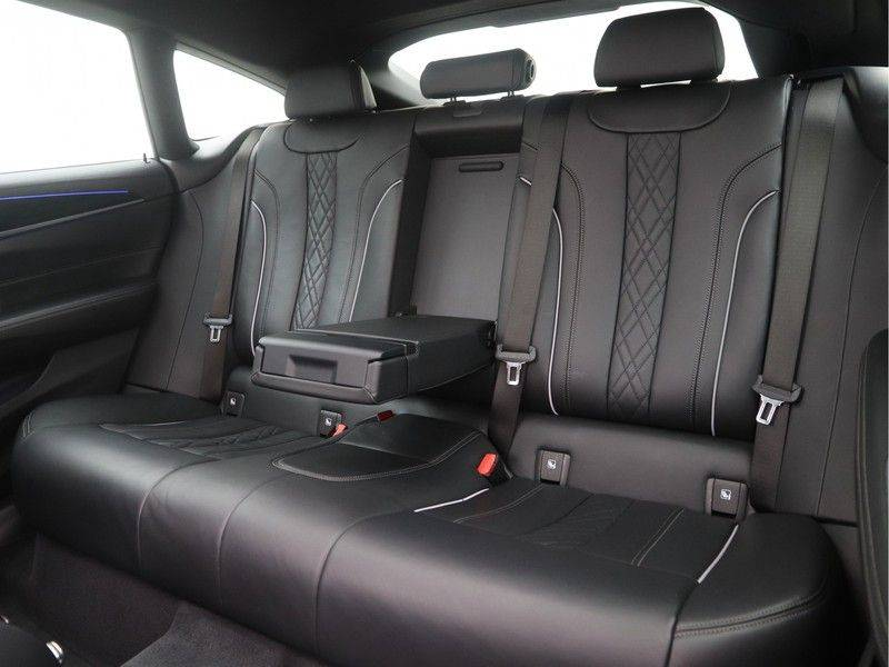 BMW 6 Serie Gran Turismo 640i M Sport High Executive afbeelding 14