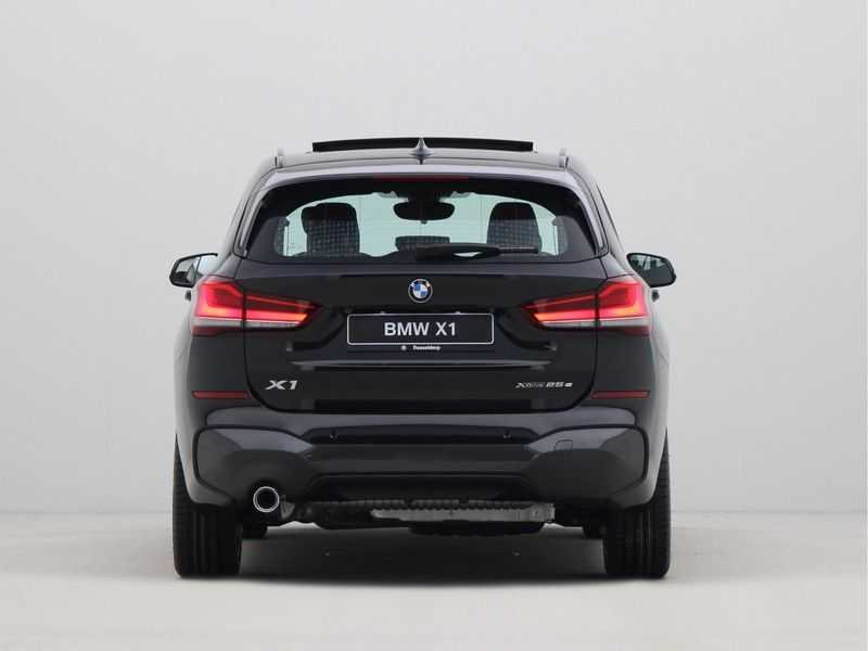 BMW X1 xDrive25e eDrive Edition M-Sport afbeelding 10