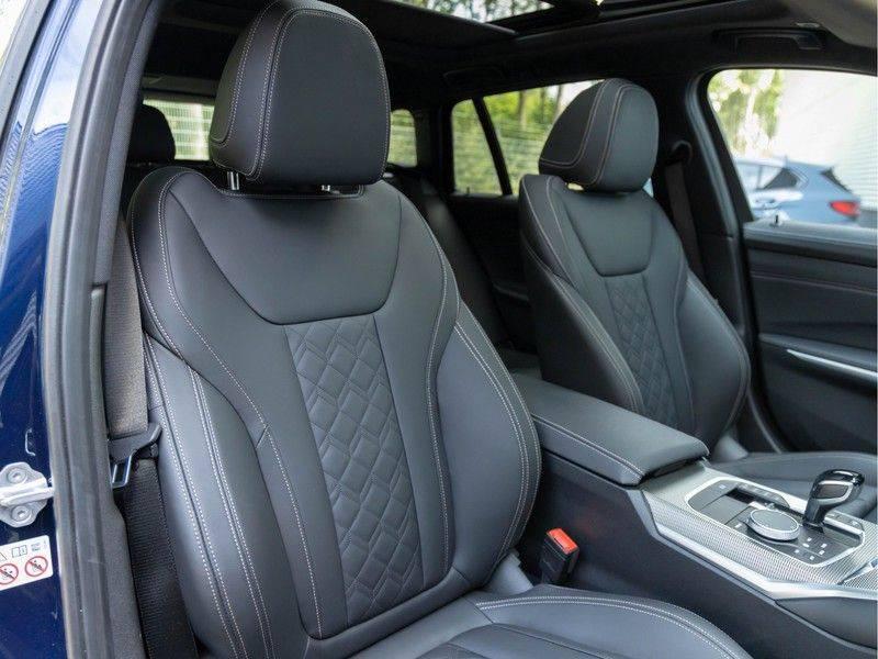 BMW 3 Serie Touring M340i xDrive Individual - Head-up - ACC - Harman Kardon - Panorama afbeelding 15