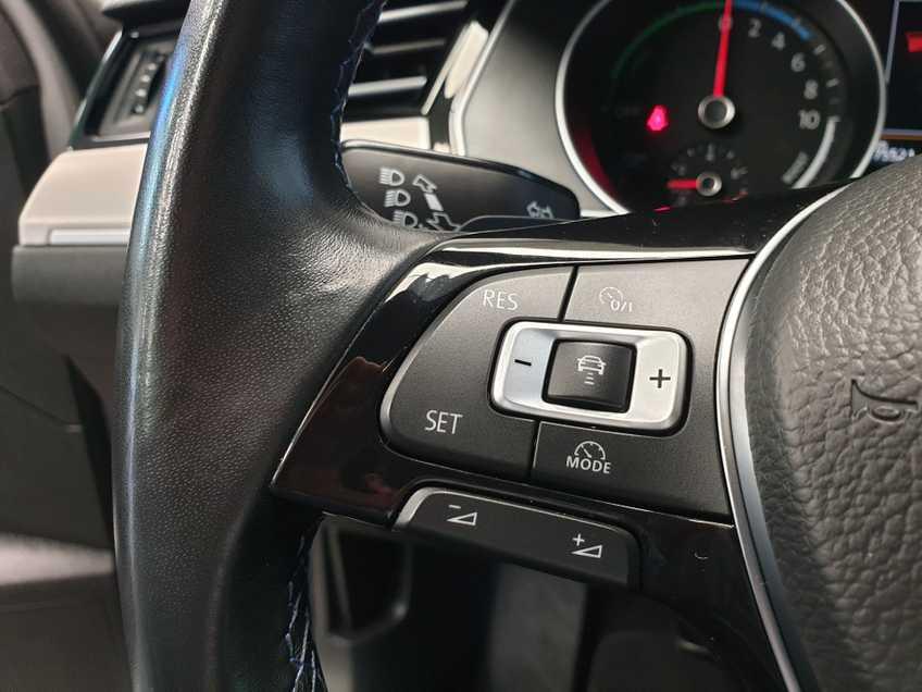 Volkswagen Passat 1.4 TSI GTE Highline EX BTW Navigatie Panoramadak LED PDC Clima Cruise 17`LM afbeelding 11