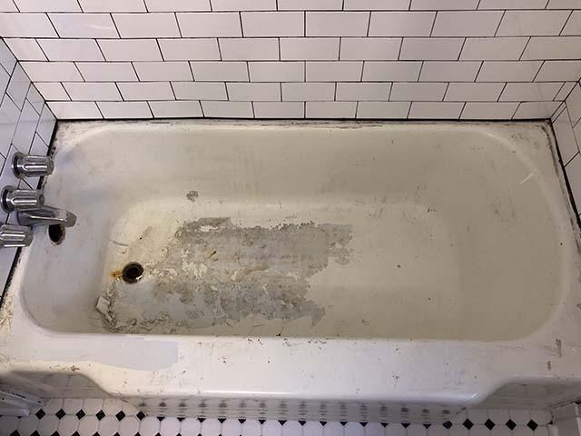 Bathtub 1 - Before