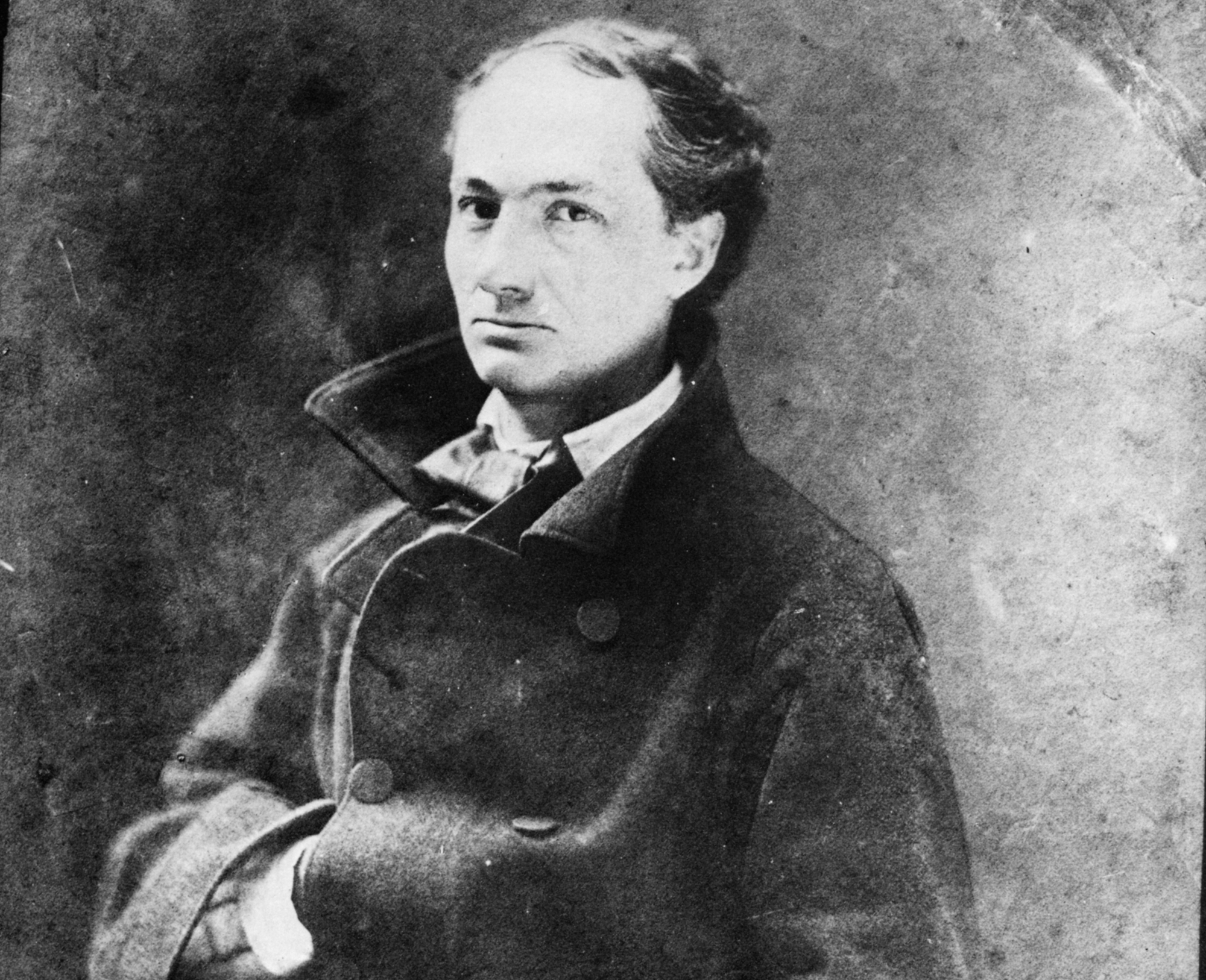 Молодой Бодлер (1855). Фотограф: Félix Nadar. Источник: commons.wikimedia.org