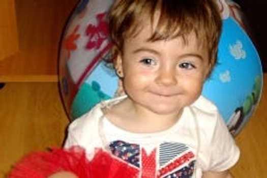 """Fetiță de doi ani, cu o """"gaură"""" de 10 mm în inimă, operată cu succes la Ares"""