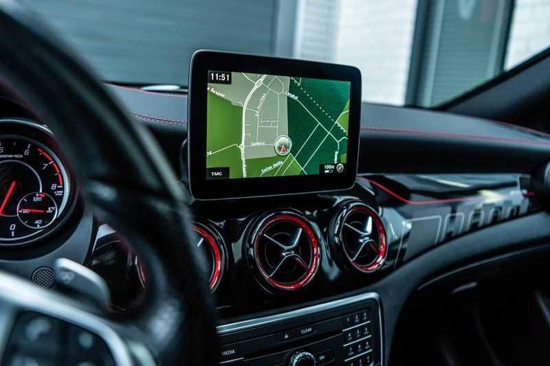 Mercedes-Benz CLA-Klasse 45 AMG 4MATIC, 381 PK, Facelift, Pano/Dak, Camera, Night/Pakket, AMG-Sportuitlaat, 52DKM!! afbeelding 12