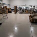 Padiglione manifatturiero di un'azienda trevigiana con pavimento in resina.
