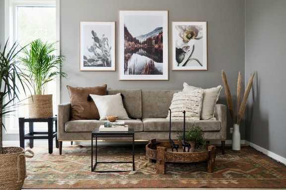 En stue dekorert i kelim-stilen