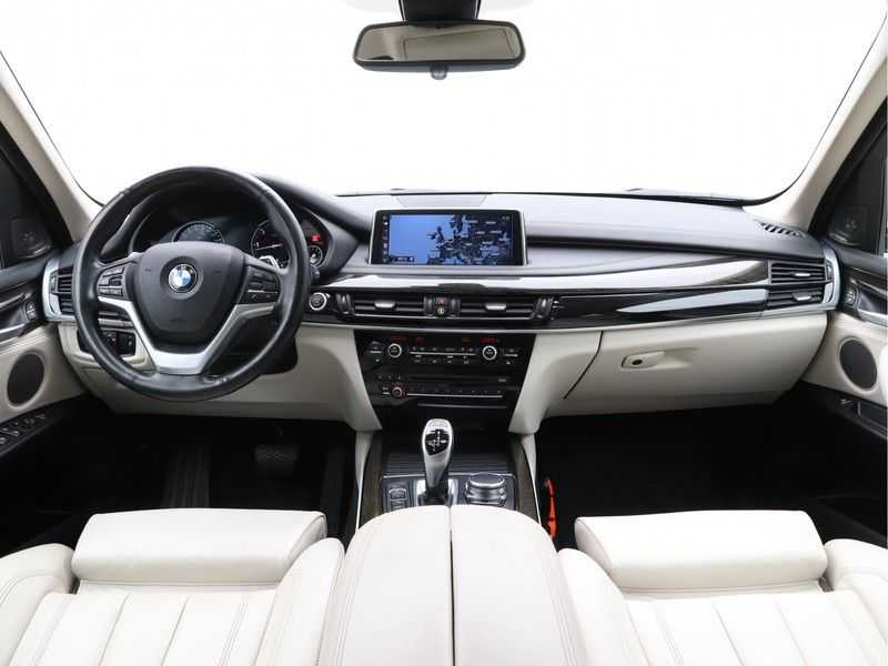 BMW X5 xDrive30d High Exe 85 Dkm afbeelding 17