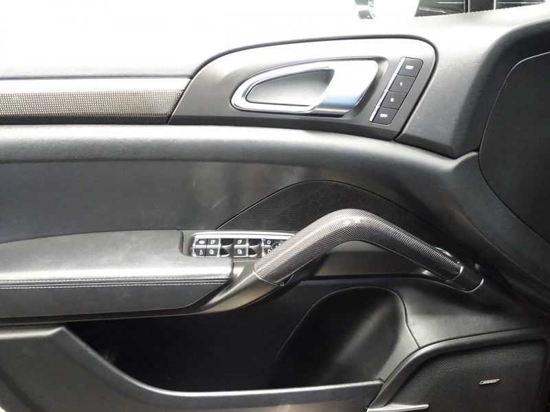 Porsche Cayenne 4.8 Turbo 500pk Designo Tiptr. Aut- Schuifdak, Leer, Sport Chrono, Akrapovic afbeelding 16