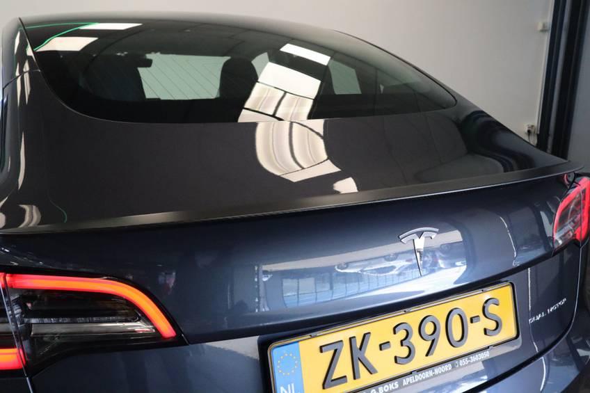 """Tesla Model 3 Long Range   prijs ex.btw 45.889,-   4% 19""""LM Grijs Zwart Performance Look afbeelding 5"""