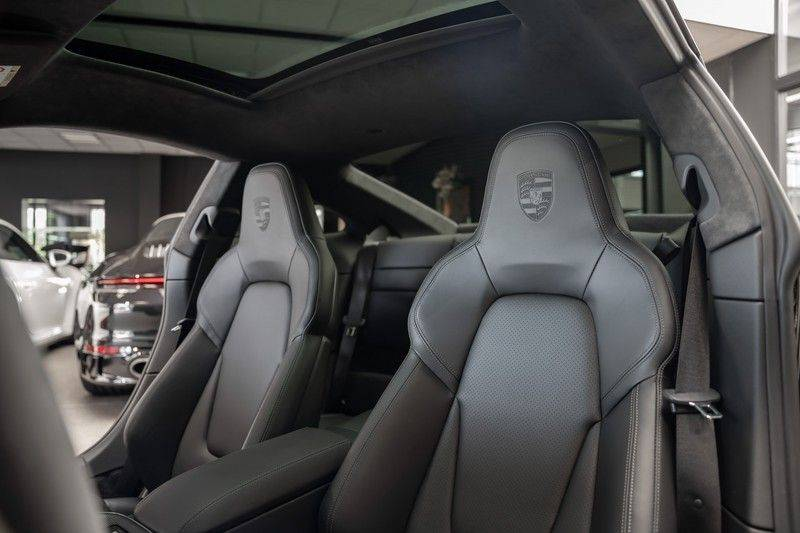 Porsche 911 992 S Sport Design Pakket Sport Chrono Sport Uitlaat Bose Pano 3.0 Carrera S Led Matrix Lift Alcantara Hemel afbeelding 20