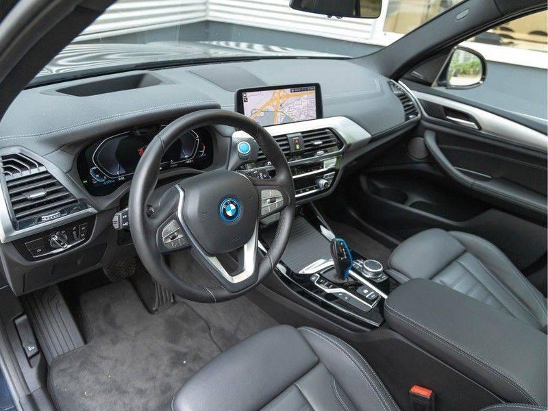 BMW iX3 High Executive - Trekhaak - Direct Beschikbaar! afbeelding 11