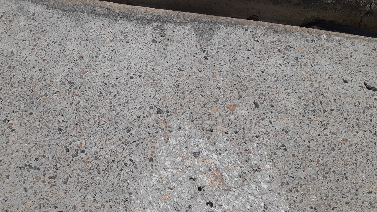 concrete-driveway-restoration--before-02