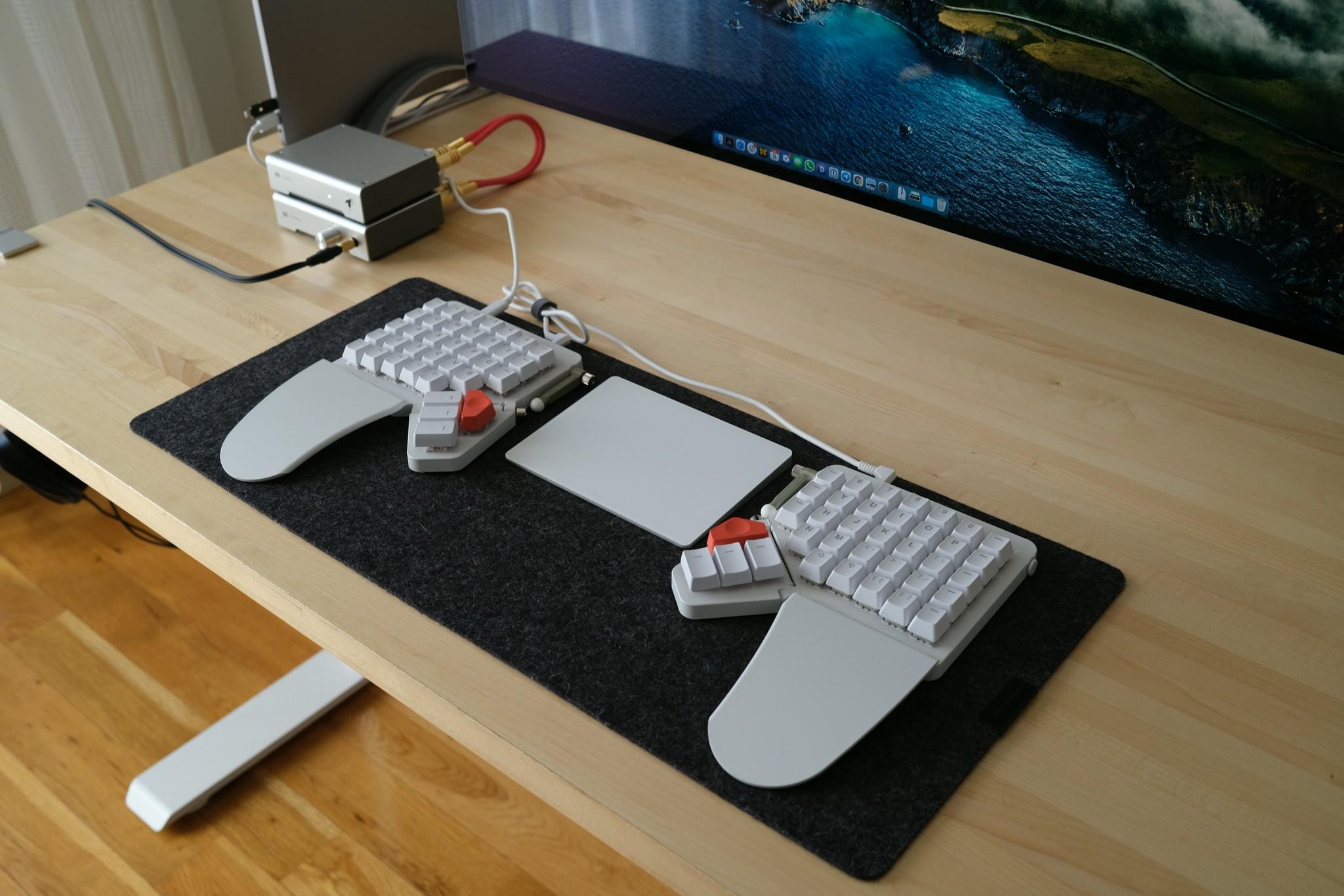 My review of the Moonlander MK1 keyboard